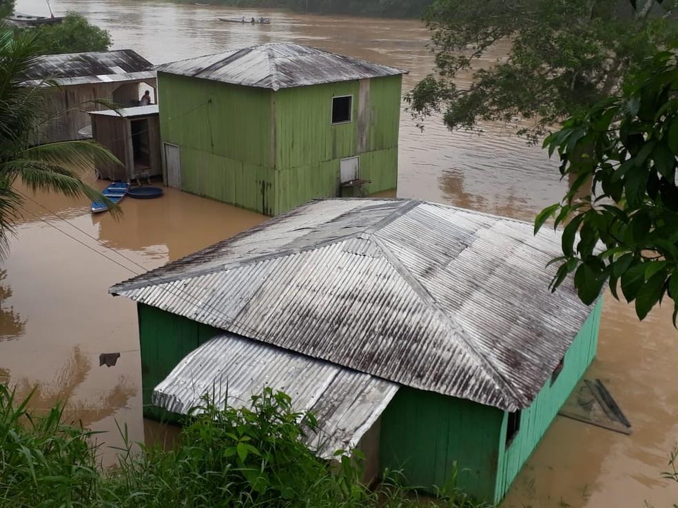 A prefeitura tem feito o monitoramento diário das áreas afetadas pela alagação — Foto: Rodrigio Oliveira/Arquivo pessoal