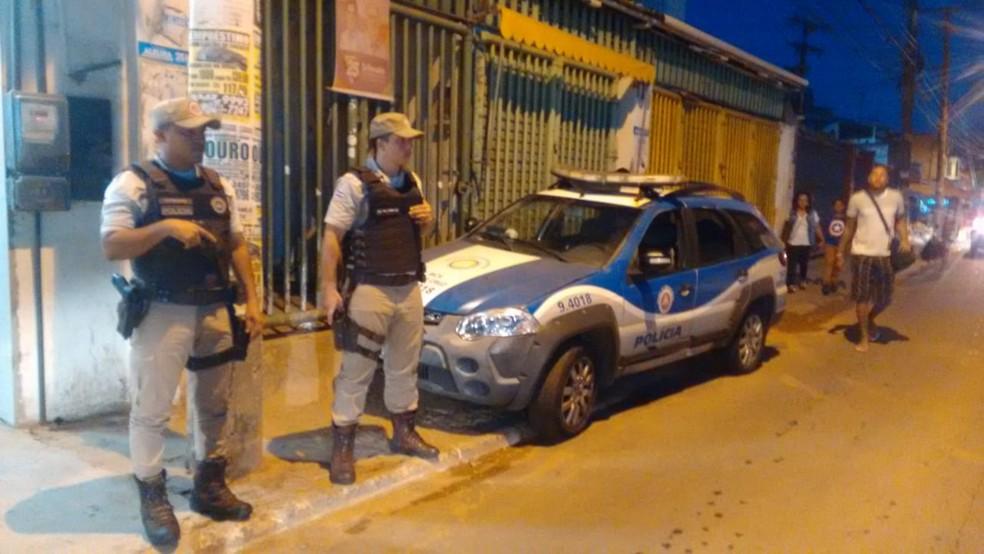Suspeito morreu em confronto com policiais militares no bairro de Santa Cruz, nesta terça-feira — Foto: Divulgação/SSP-BA
