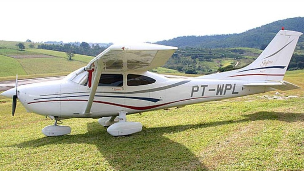 Avião modelo 182 foi furtado de dentro de hangar em Jaru (RO).  — Foto: Reprodução/Portal P1