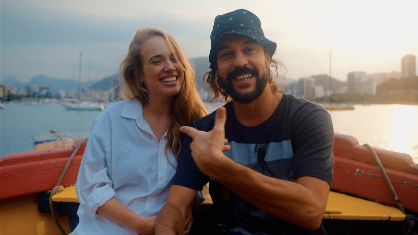Gabriel O Pensador surfa na onda de Anitta com single 'Girl from Garopaba'