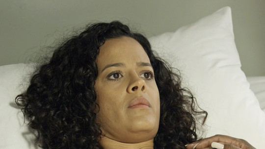 Domingas descobre que está grávida
