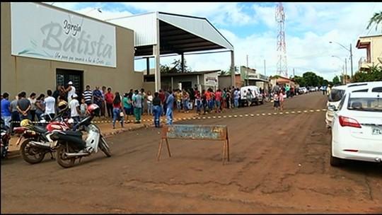 Enterrados em Montividiu corpos das três jovens mortas em acidente na BR-060