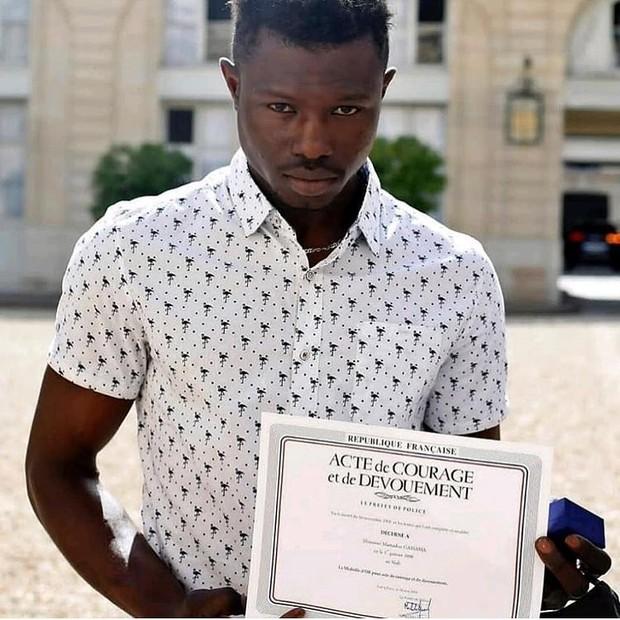 Mamoudou Gassama (Foto: Reprodução/Instagram)