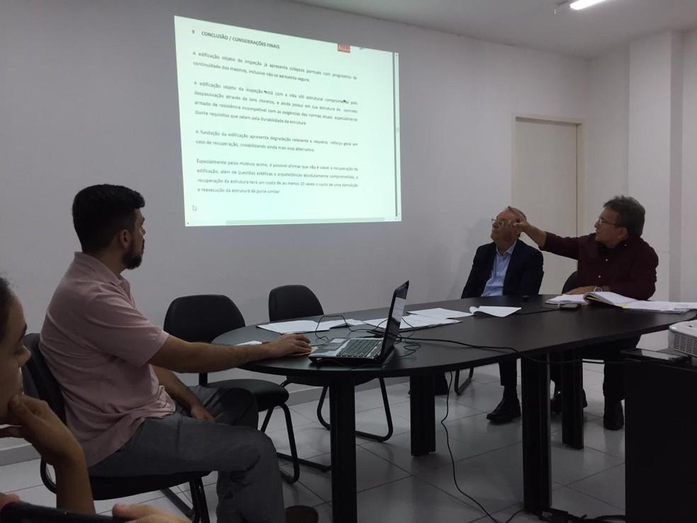 Prefeitura de Natal afirma que relatório aponta risco de desabamento do Hotel Reis Magos — Foto: Rafael Lopes/Inter TV Cabugi