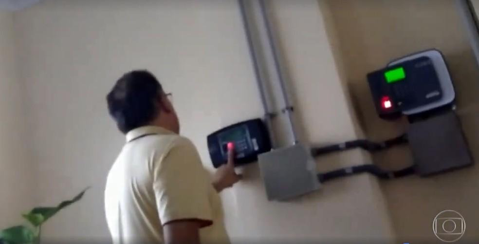 Reportagem mostra a 'farra dos pontos' no Hospital Regional de Sorocaba (Foto: Reprodução/TV Globo)