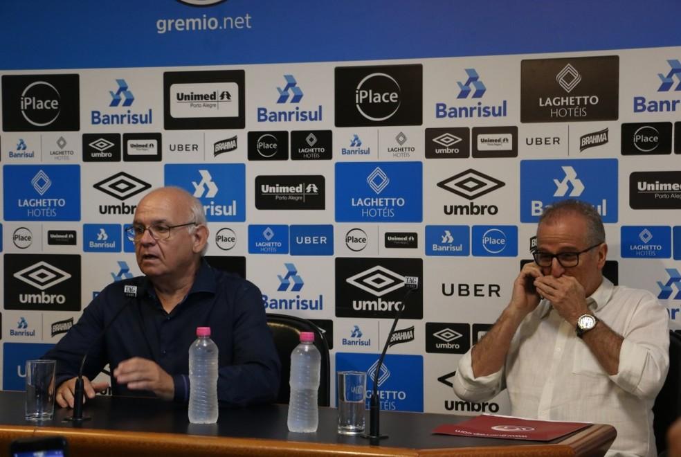 Presidente Romildo Bolzan Júnior e vice Duda Kroeff estão na mesa de negociações — Foto: Eduardo Moura