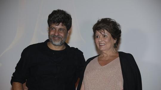 Diretor e autora de 'Espelho da Vida' querem que o público 'viaje' com a novela: 'Essa é a ideia'