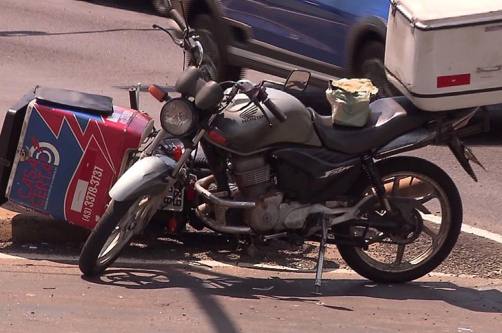 O motociclista Marcelo Cremon, de 28 anos, morreu ao bater em uma caminhonete  — Foto: Reprodução/RPC