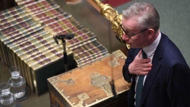 O ministro Michael Gove disse que deu provas ao comitê seleto da UE em Yellowhammer (Foto: UK PARLIAMENT/JESSICA TAYLOR, via BBC News Brasil)