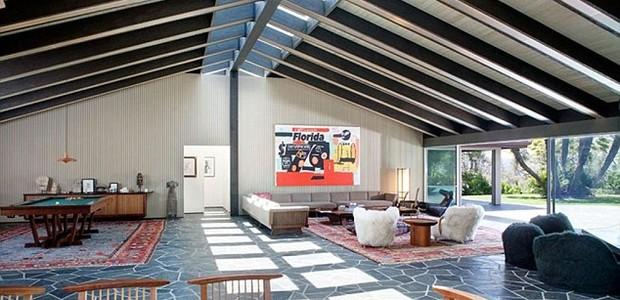 Cantor Adam Levine vende a sua mansão em Beverly Hills pelo triplo do preço que a comprou (Foto: Reprodução / MLS)
