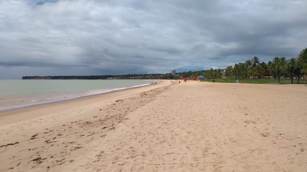 Litoral da PB tem onze trechos de praias impróprios para banho; maré alcança dois metros