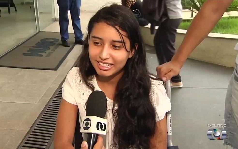 -  Marcela Macedo, 14, recebeu alta do hospital no último dia 3  Foto: TV Anhanguera/ Reprodução