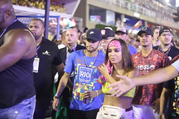 Anitta e Neymar na Sapucaí (Foto: Daniel Pinheiro/AgNews )