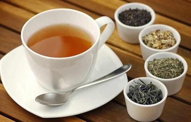 Os chás agem como expectorante natural (Foto: Reprodução/Instagram)