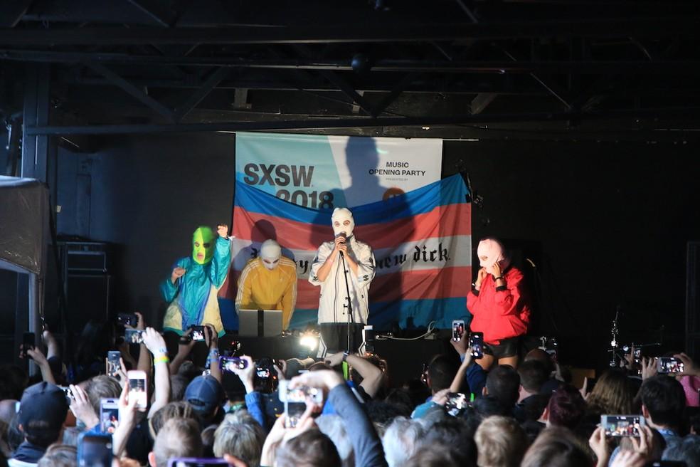 -  Pussy Riot toca no festival South By Southwest  Foto: Fabrício Vitorino/Globo.com