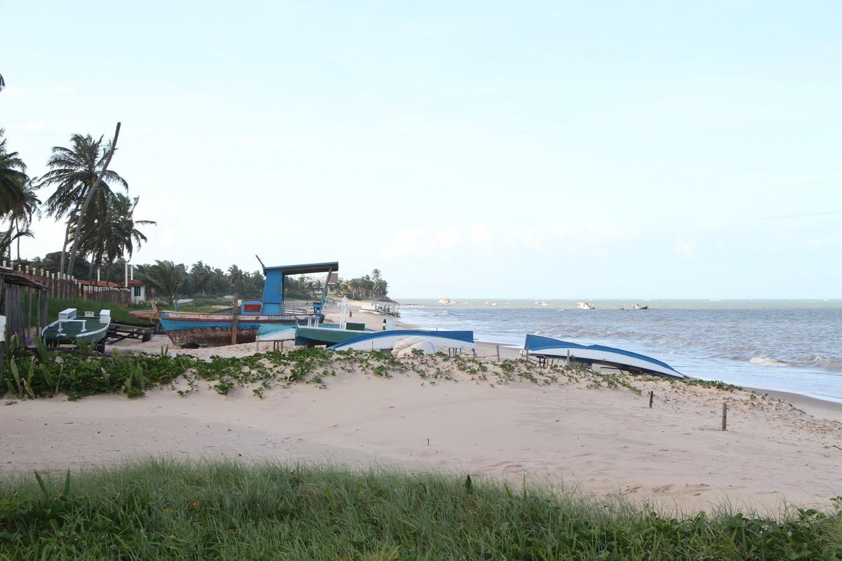 Paraíba tem 13 praias impróprias para banho e ondas chegam a 2,6 m