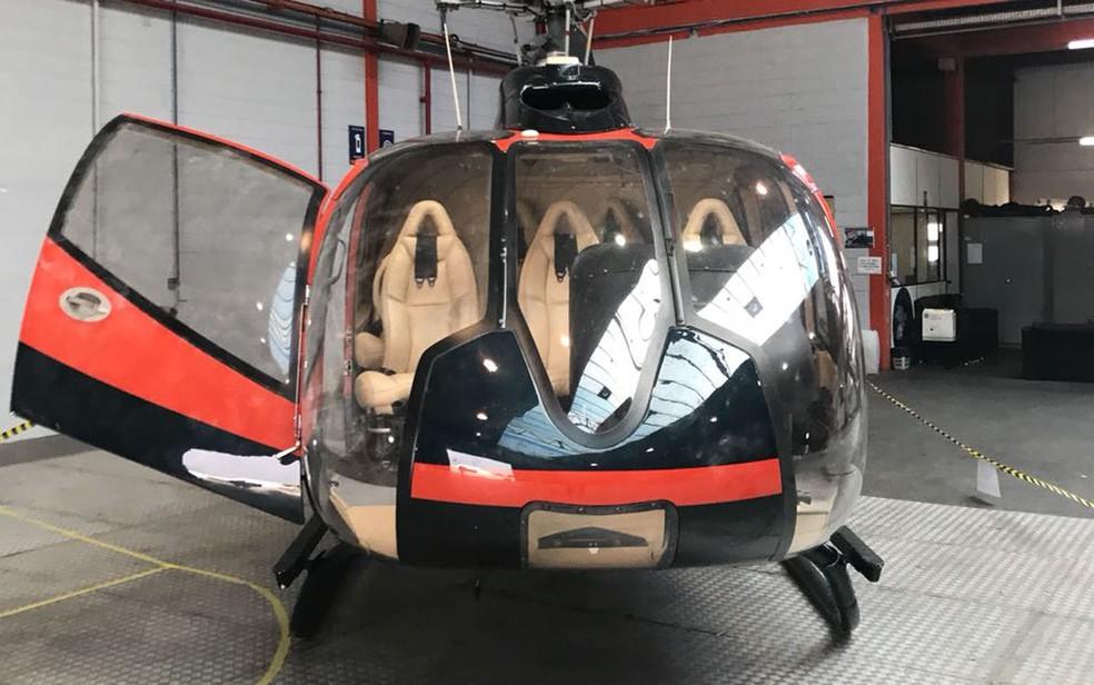 Helicóptero usado na execução de Gegê do Mangue é periciado (Foto: Divulgação)