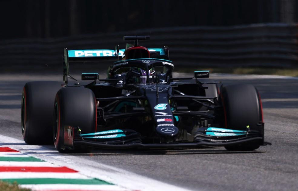 Lewis Hamilton, da Mercedes, no GP da Itália de 2021 — Foto: Lars Baron/Getty Images