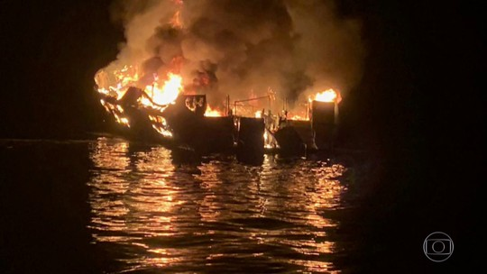 Trinta e quatro pessoas estão desaparecidas na Califórnia, depois de incêndio em barco