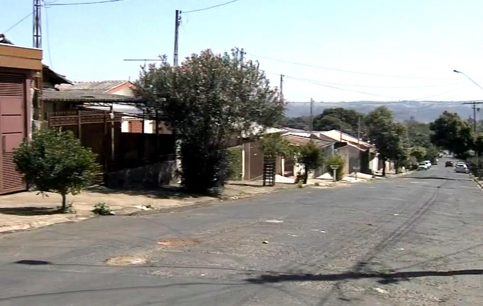 Assalto aconteceu no Jardim Califórnia, na zona oeste de Marília (Foto: Reprodução / TV TEM)