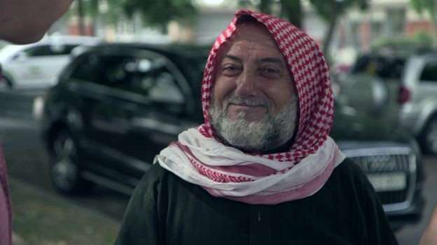 """Para o sírio Al Absi, que vive na Suécia há cinco anos, """"esse é um país justo"""" para refugiados (Foto: BBC)"""