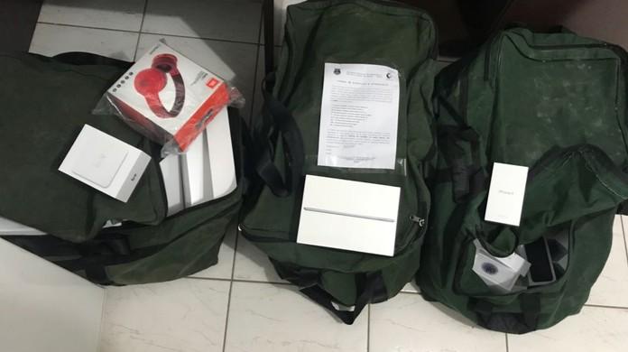 6d246286b05 Suspeito de lucrar R  100 mil por mês com contrabandos é preso com R  600  mil em eletrônicos ilícitos