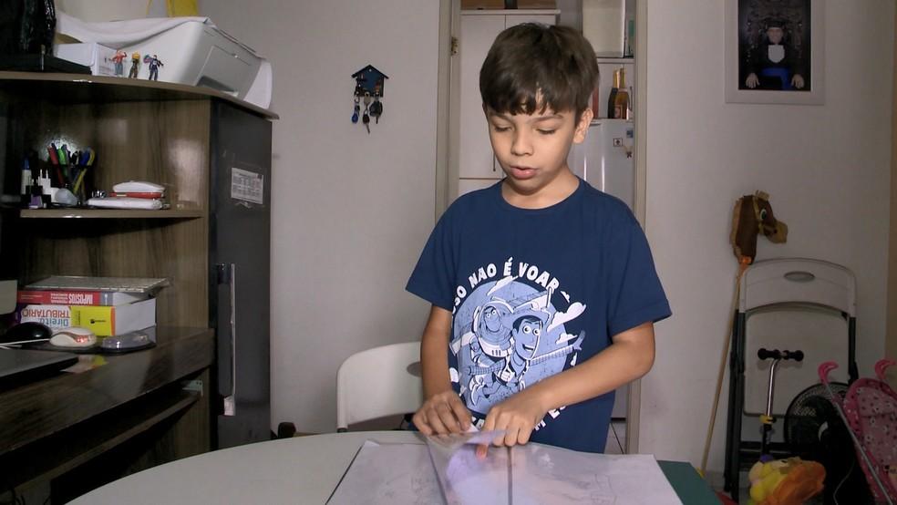 Criança autista diz que tem missão de explicar o que é o transtorno, no ES  — Foto: Wagner Martins/ TV Gazeta
