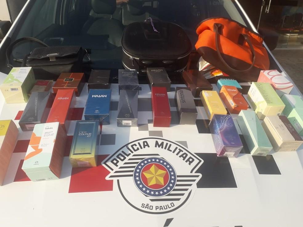Produtos furtados de residência foram recuperados em Lucélia — Foto: Polícia Militar