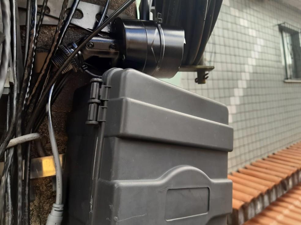 Polícia descobriu câmeras clandestinas que monitoravam circulação de viaturas no bairro da Liberdade, em Salvador — Foto: Divulgação/SSP-BA