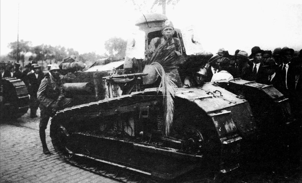 Tanque de guerra das tropas legalistas — Foto: Acervo Alesp