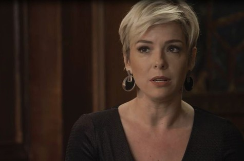 Regiane Alves é Mariacarla em 'O tempo não para'  (Foto: Reprodução)