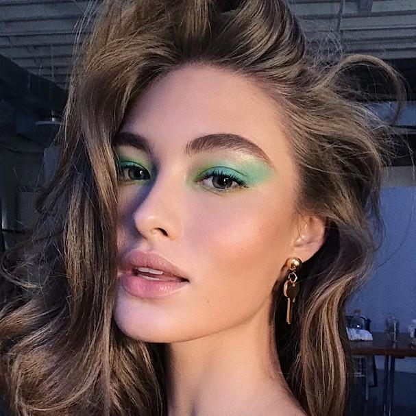 12 inspirações de maquiagem metalizada para o Réveillon (Foto: Imaxtree, Getty Images e Reprodução Instagram)