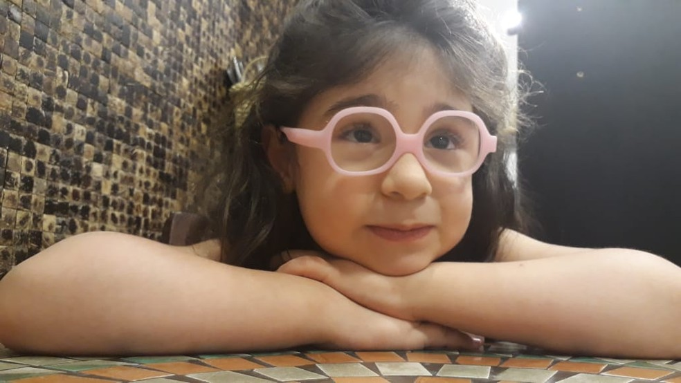 627a7262 eb3d 4988 baec 633c200292c0 Justiça manda SUS fornecer remédio com CBD a criança de São José, SP