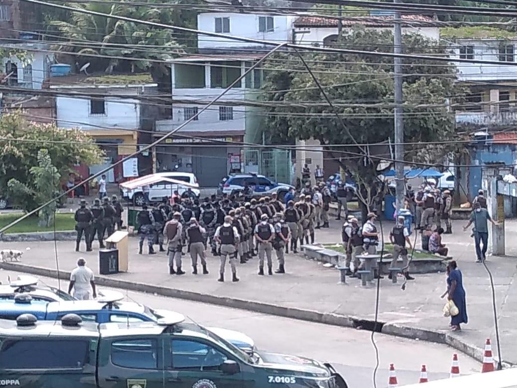 Deflagrada operação policial para ocupar bairro do Lobato; ação visa combater o tráfico e reduzir índices de crimes violentos
