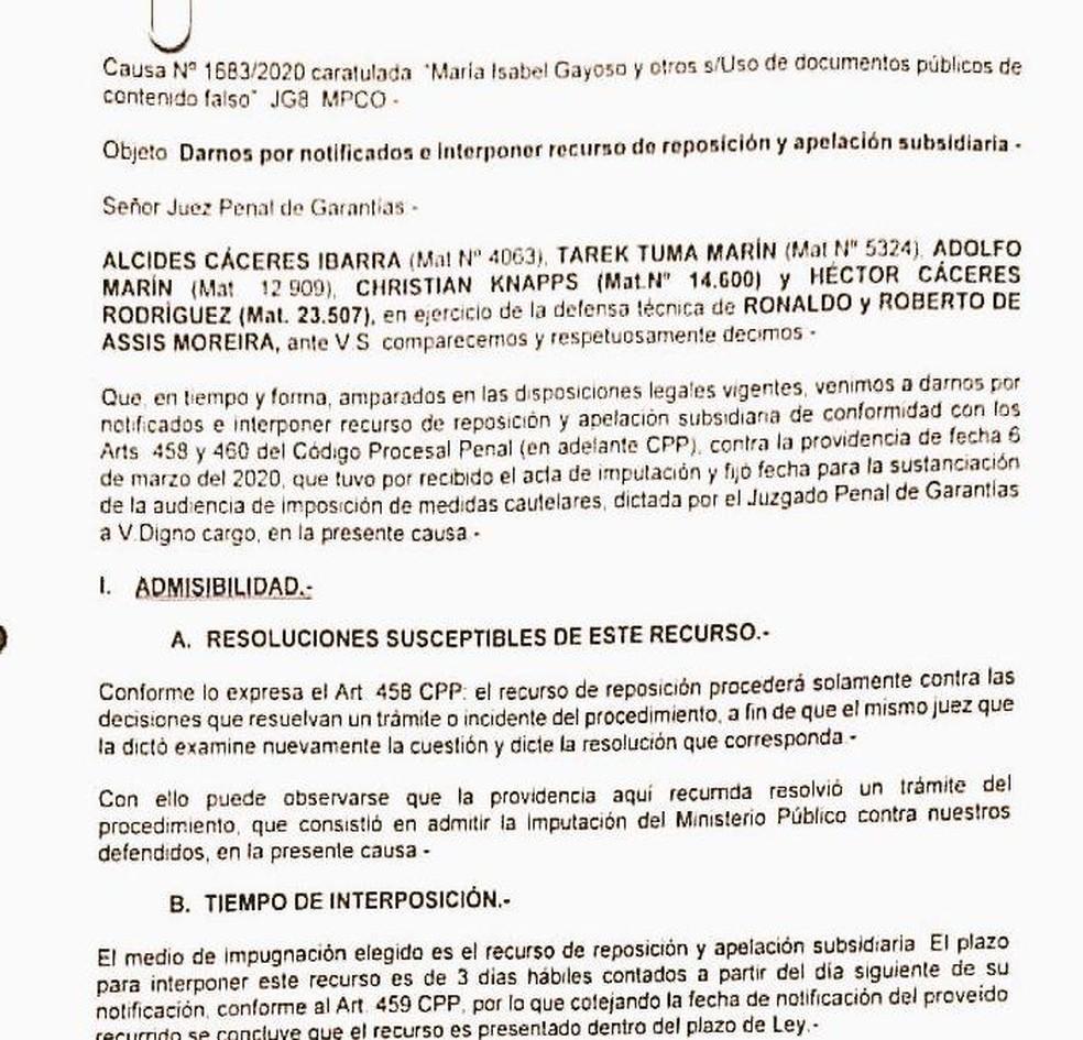 Defesa de Ronaldinho e Assis apresenta recurso na Justiça — Foto: Martín Fernandez