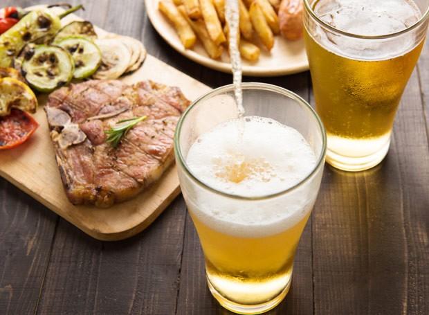 Aprenda a harmonizar cerveja com pratos diversos  (Foto: ThinkStockPhotos)