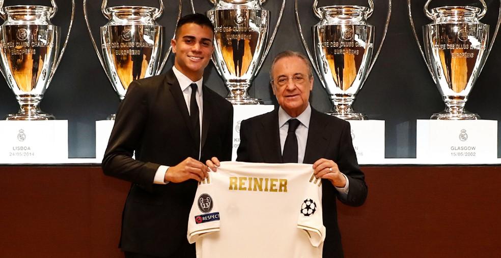 Reinier e Florentino Pérez — Foto: Site oficial do Real Madrid