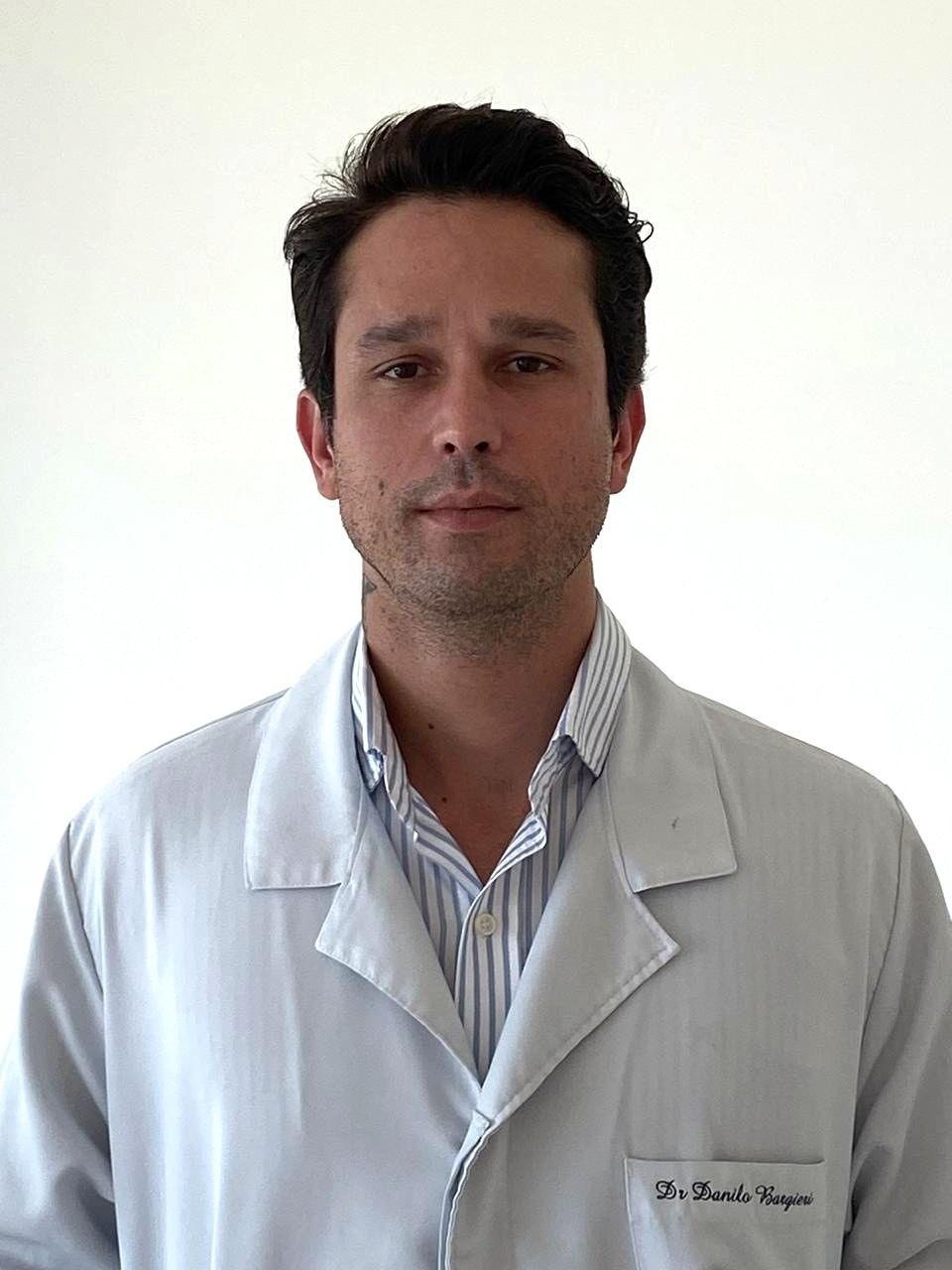 Médico que teve coronavírus cria site de consultas online para tirar dúvidas sobre a doença