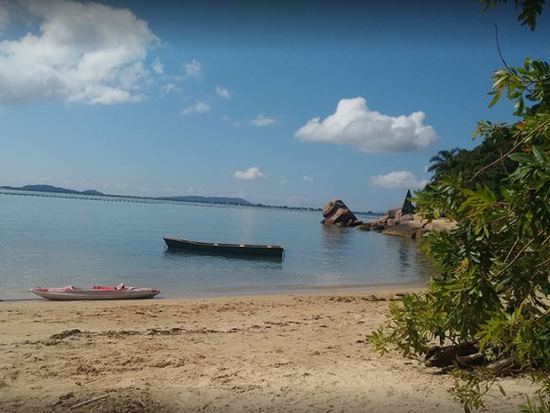 Praia de Pedras Altas, em Palhoça, em Santa Catarina (Foto: Reprodução/Instagram)