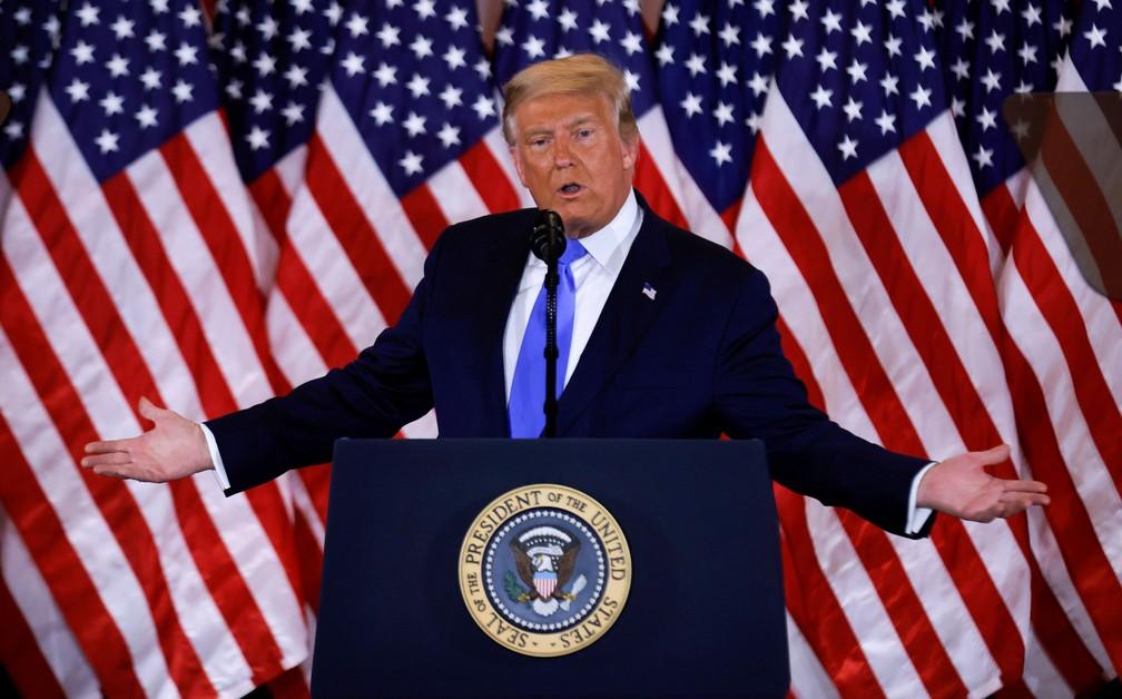 Donald Trump durante discurso na madrugada desta quarta-feira (4). — Foto: REUTERS/Carlos Barria
