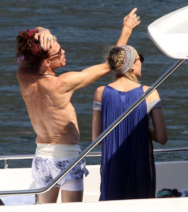 Steven Tyler e Aimee Ann Preston (Foto: Backgrid)