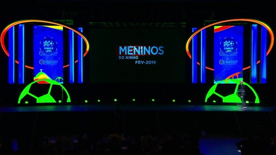 Festa dos melhores do Carioca é marcada por homenagem a garotos do Ninho