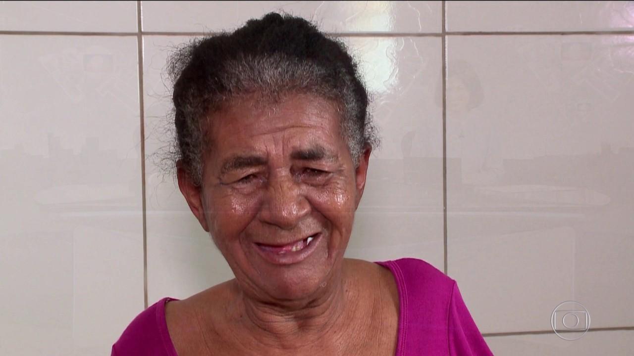 Moradora de Teresina realiza sonho de ter um banheiro em casa aos 59 anos