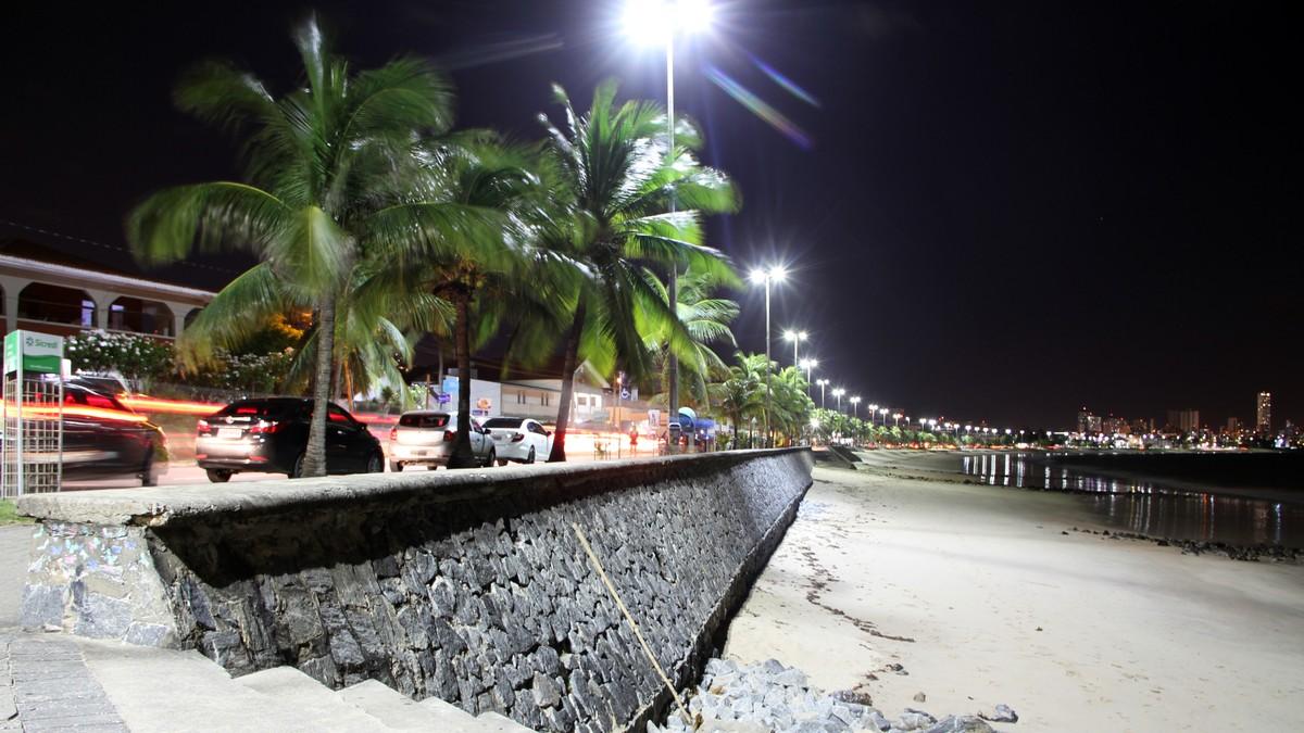 Praia de Manaíra, em João Pessoa, está 'satisfatória' para banho pela primeira vez em 2017