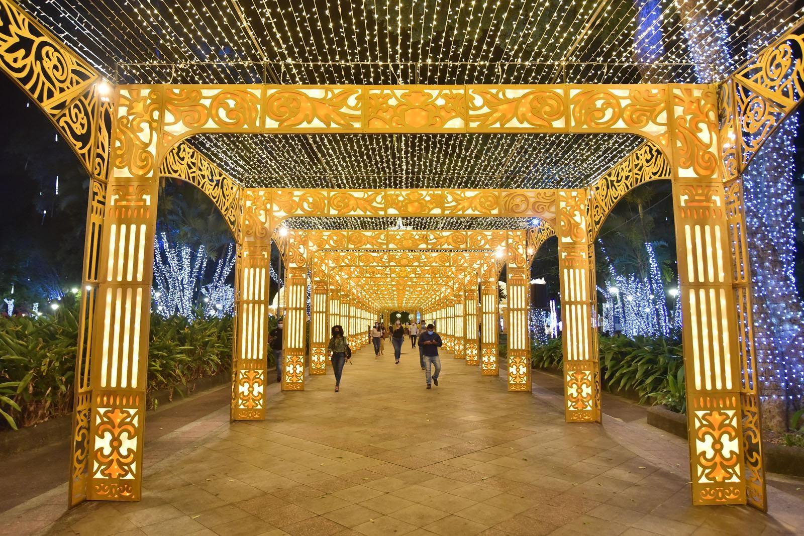 Após vagas esgotarem, visitação da  decoração de Natal no Campo Grande tem horário extra