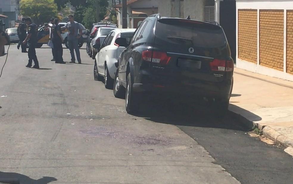 Guardas municipais foram baleados na Vila Independência em Piracicaba (Foto: Aline Olaya/EPTV)