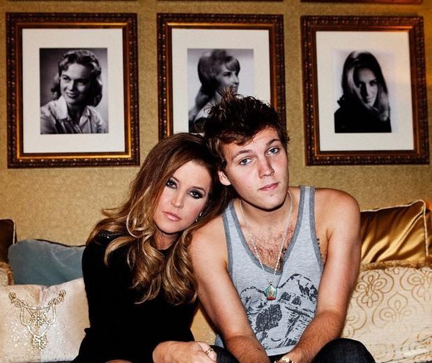 Lisa Marie Presley e o filho, Benjamin Keough (Foto: Reprodução/Instagram)
