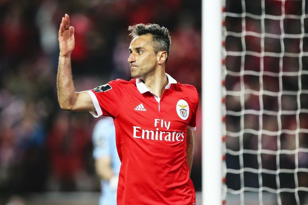 Jonas voltou a marcar gols pelo Benfica e deve seguir em Portugal — Foto: EFE