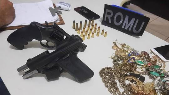Suspeitos deixam distribuidora atirando após roubo; veja vídeo