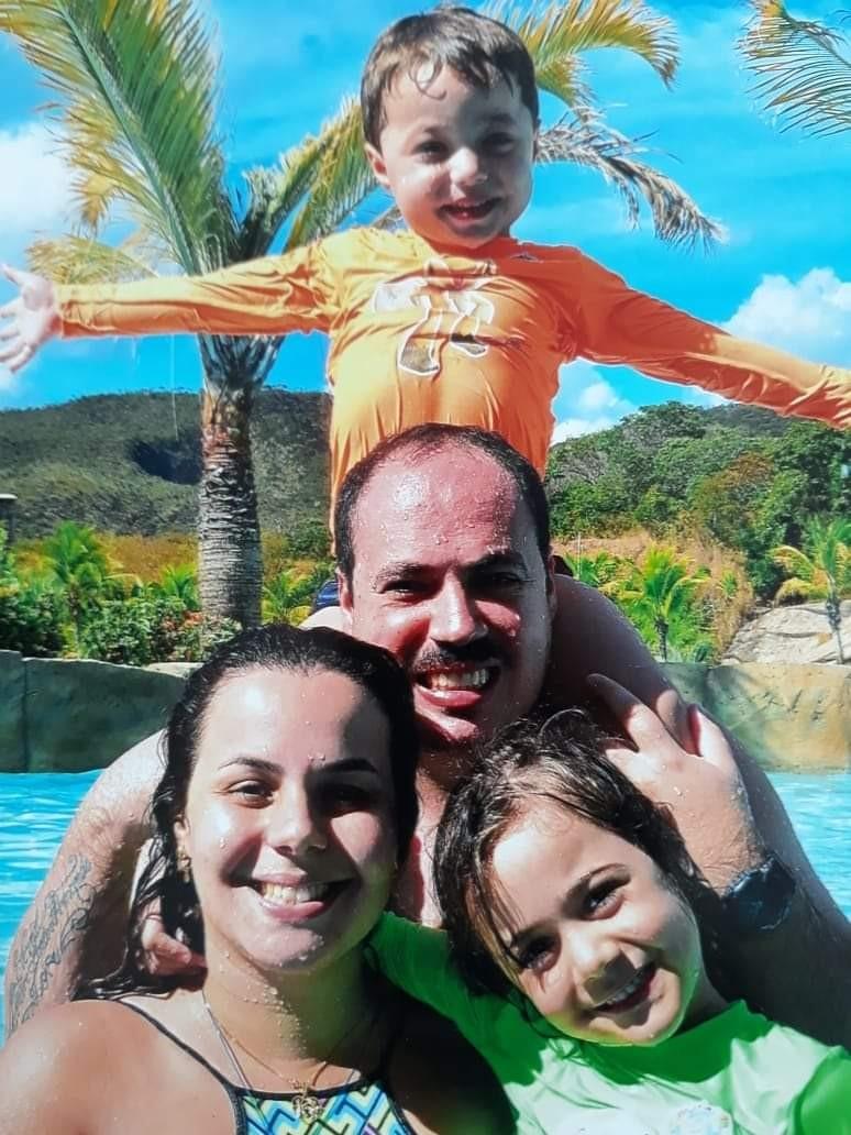 A família Barroso faz planos de mudanças após a cidadania: ´futuro melhor´